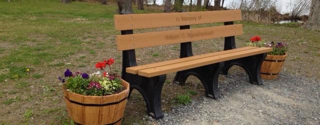park-bench-memorial
